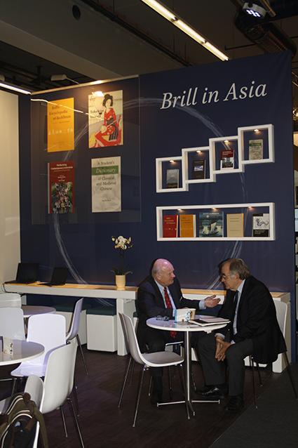 Foto's stand uitgeverij Brill Frankfurt Buchmesse